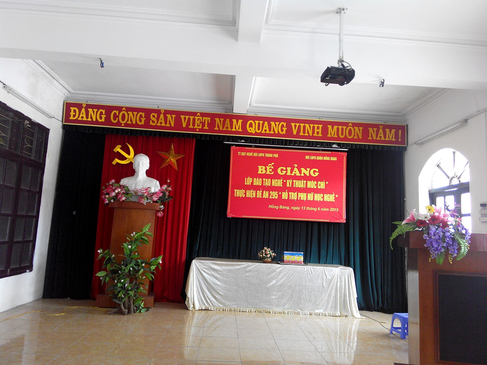lop dao tao nghe ky thuat moc chi 01